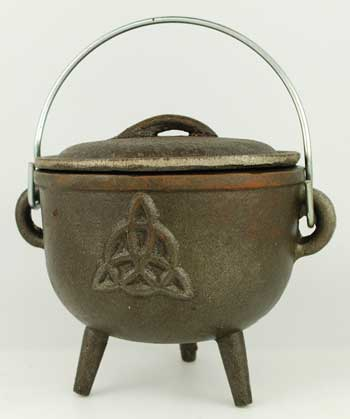 Medium Triquetra Cast Iron Cauldron